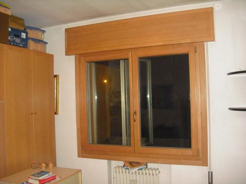 Serramenti e infissi in legno realizzazioni team legno trento bolzano brescia verona - Ristrutturazione finestre in legno ...